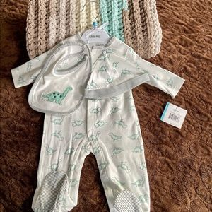 🦕 Baby Bundle-Crocheted Blanket & Sleeper Set NWT